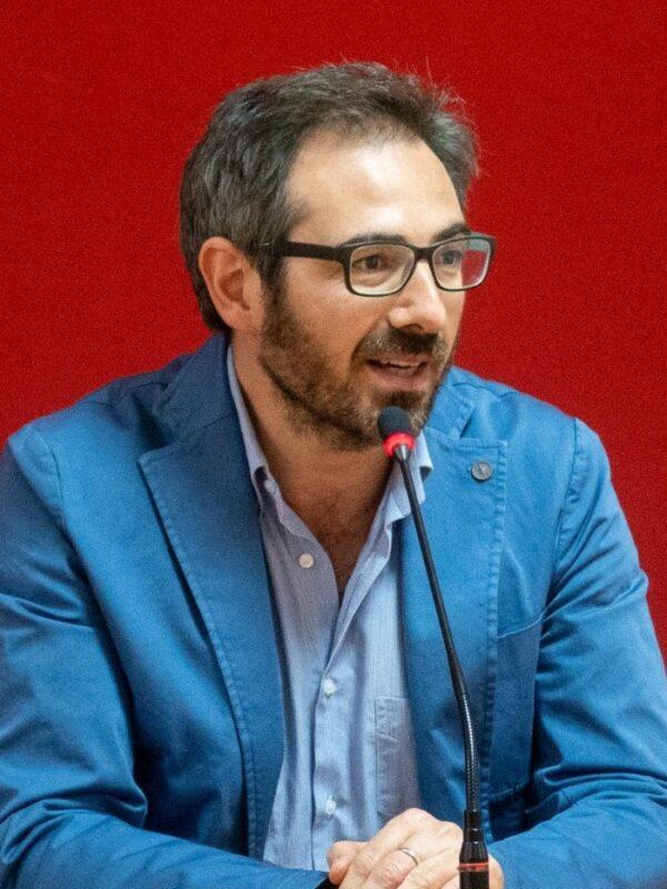 """"""" Basta Violenza"""" lettera aperta del sindaco di Monreale Alberto Arcidiacono"""