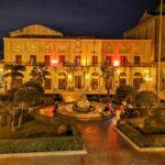 Giornata internazionale per l'eliminazione della violenza contro le donne. Il Palazzo Comunale si tinge di Rosso.